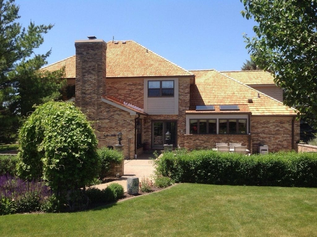 Cedar roofs are growing in popularity in Evanston IL