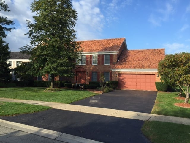 Cedar roofing in Buffalo Grove IL looks great and adds curb appeal