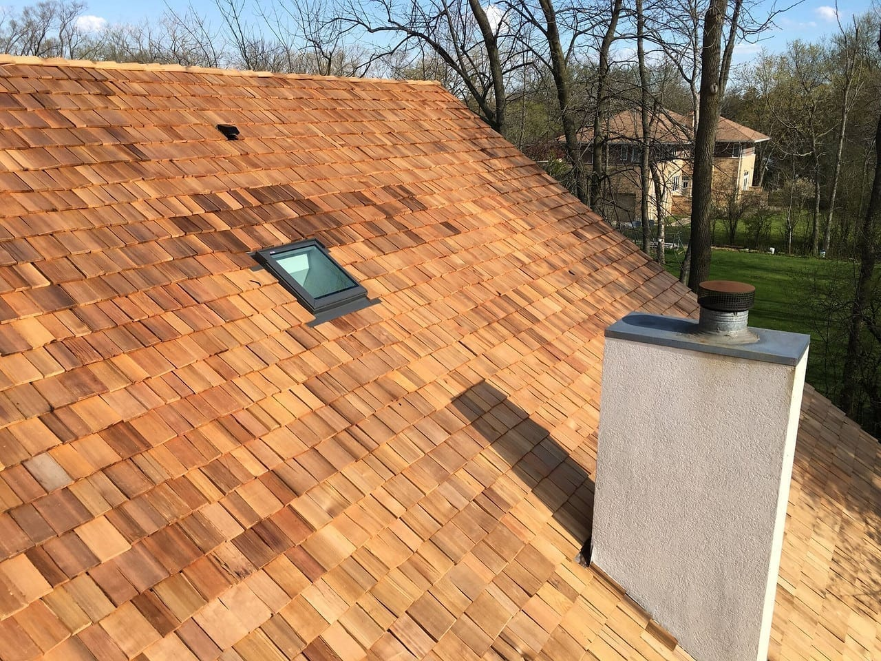 Save money on your bills with energy efficient cedar roofing